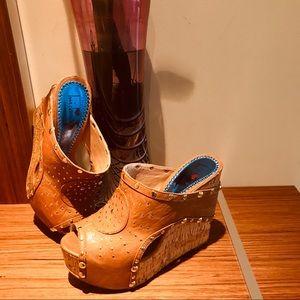 High Platform Wedge Sandals Size 8M.